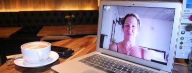 Hoe moet je je kleden tijdens een sollicitatiegesprek via Skype?