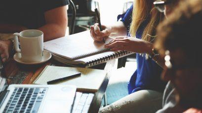 Heeft u de neiging om te multitasken als recruiter? Leer hoe u tijd kunt besparen.