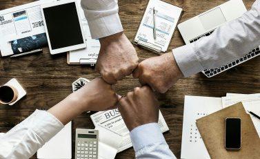 Samenwerking is hét geheim voor een succesvol multi-generational team, vooral in een internationale en multiculturele omgeving.